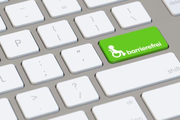 Tastatur mit Rollstuhlsymbol und Wort barrierefrei